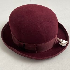Bailey burgundy wool hat